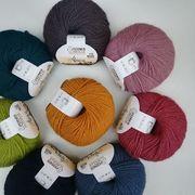 Wir sind ganz verliebt in die neuen Farben der @fernerwolle Alpaca! Am liebsten würden wir gleich alle anstricken!⠀⠀⠀⠀⠀⠀⠀⠀⠀ ----⠀⠀⠀⠀⠀⠀⠀⠀⠀ #maschenwerkstattgraz #maschenwerkstatt #fernerwolle #alpaca #ferneralpaca #neuefarben #yarnlove #yarn #wolle #alpaka #knittersofinstagram #kniststagram