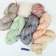Wir haben letzte Woche noch ein paar hübsche neue Farben von @malabrigoyarn Rasta bekommen. Grobstrick-Loops und Hauben steht somit nichts mehr im Wege, natürlich kombiniert mit Kunstfell-Bommel von @lovafur! --- #maschenwerkstattgraz #maschenwerkstatt #malabrigo #malabrigorasta #yarnlove #knitstagram #yarn #knittersofinstagram #lovafur #kunstfell #mützenstricken #
